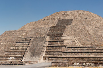 Teotihuacan Aztec ruins near Mexico city, Moon temple