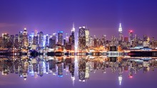 Fotomurales - Manhattan Skyline with Reflections