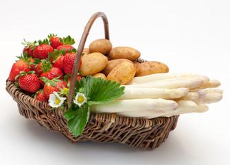 Spargel-Erdbeer-Korb