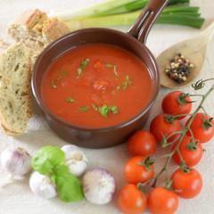 Tomatensoße mit Ciabatta