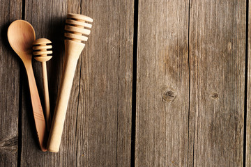 Wooden spoon and dippers
