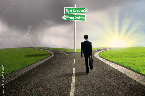 Businessman choose right decision road