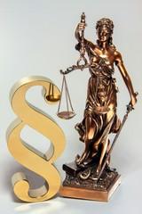 Justitia im Recht
