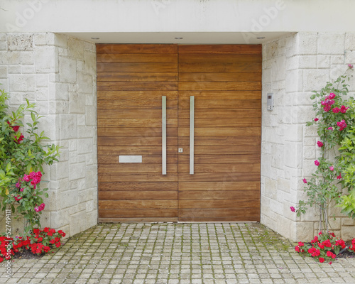 Fotobehang Athene Contemporary elegant house entrance