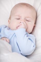 baby beim schlafen