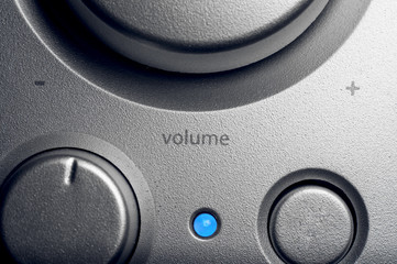 Speakers volume control knos