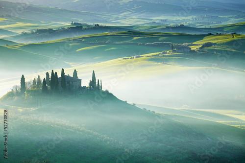 Tuscany, Italy - Landscape © ZoomTeam