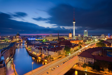 Alexanderplatz, Abend