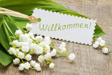 """Maiglöckchen mit Schild """"Willkommen"""""""