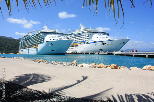 cruise ships in the Caribbean - 52802064