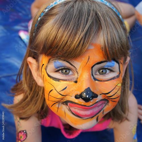 canvas print picture Kind mit geschminktem Gesicht