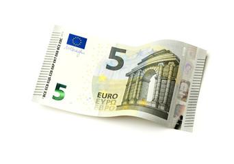 Neuer fünf Euro Schein isoliert auf weiß
