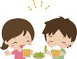 ビールを飲む若い男女