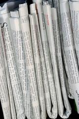 Zeitungen, h.