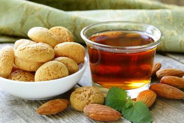 Dessert liqueur Amaretto with almond biscuits (amarittini)