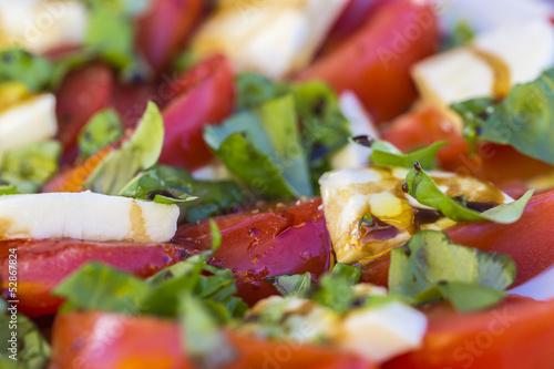Antipasti - Tomaten und Mozzarella
