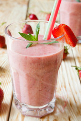 strawberry milk shake in a glass