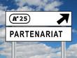Panneau de Signalisation PARTENARIAT (business affaires projets)