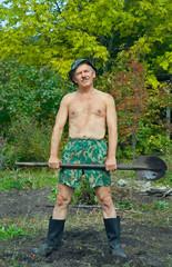 Man with spade 5