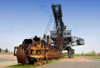 Kohlebagger in einem ehemaligen Tagebau