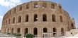 Panorama rzymskiego koloseum w El Jem