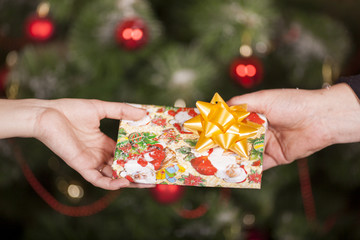 Gift delivery  between a man and a woman