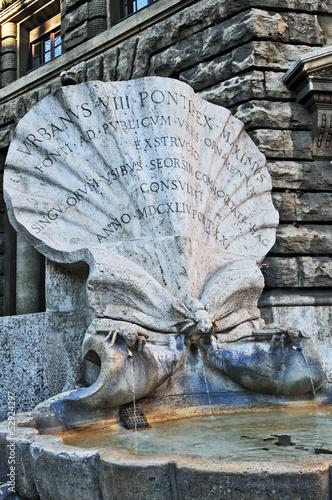 Leinwanddruck Bild Roma, la fontana delle Api