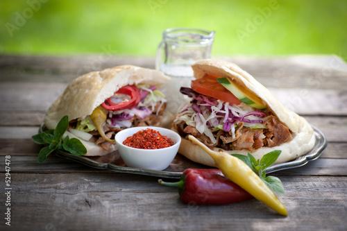 Großer und kleiner Kebab
