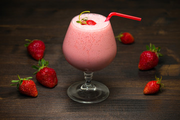 Strawberry milk-shake