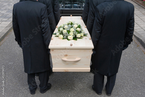 Bearers with coffin