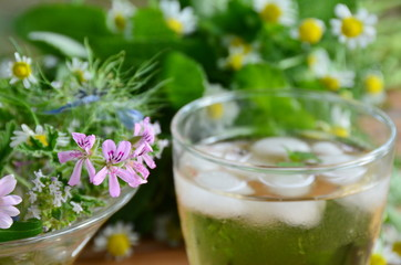 iced tea with herbal flowers