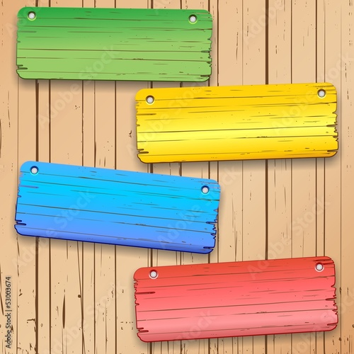 Colorful Panels on Wooden Wall-Pannelli di Legno Colorati