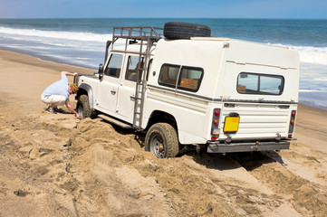 4x4 car stuck in the sand