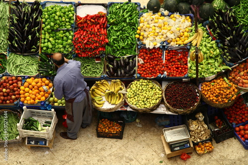 fruit vegetable sales