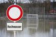 Hochwasser auf dem Fussballfeld
