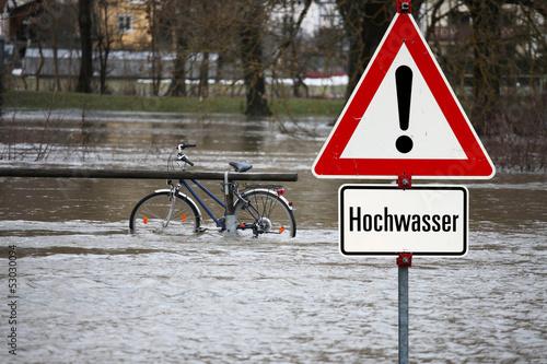 Leinwanddruck Bild Stadt in der Gewalt des Wassers
