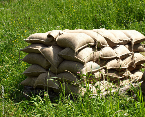 Gestapelte Sandsäcke