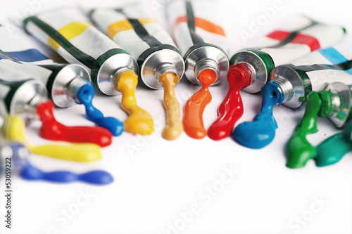 multicolor tubes of paint