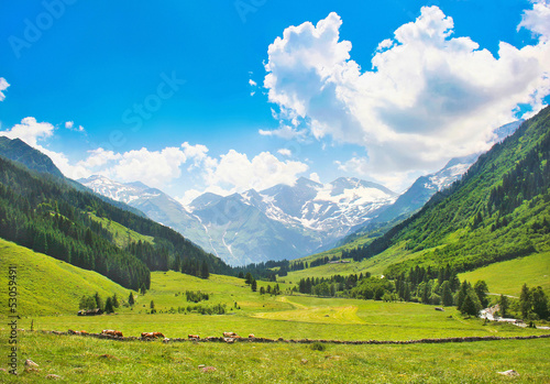 canvas print picture Beautiful landscape with Alps, Nationalpark Hohe Tauern, Austria