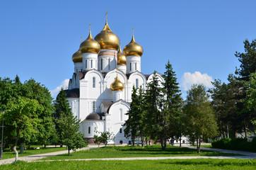 Успенский кафедральный собор в г. Ярославль.