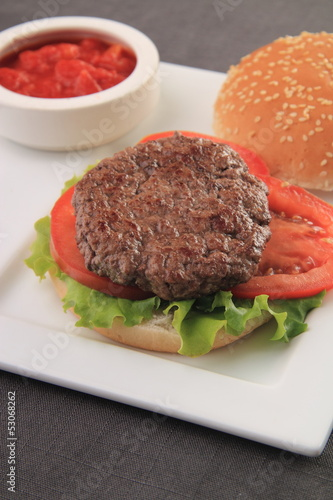 hamburger e salsa