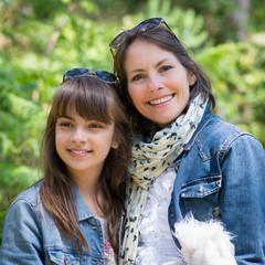 mère et fille harmonieuses