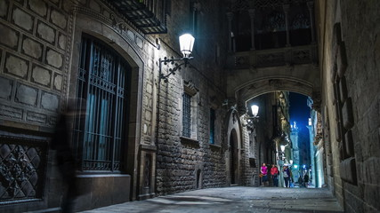 Bridge over Carrer del Bisbe  in Barri Gotic, Barcelona
