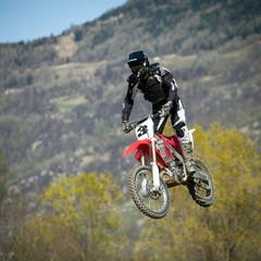 salto con moto