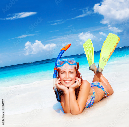 Fotobehang Duiken Happy diver woman
