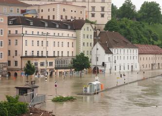 Donau überschwemmt Linzer Altstadt