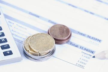 facturas en la oficina