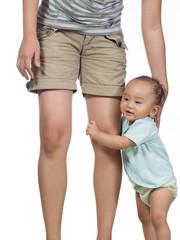 hug mommy leg