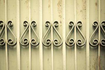 Viejos adornos de metal oxidados, fondo
