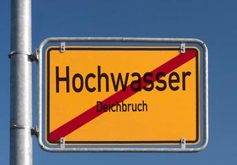 Schild Hochwasser © Matthias Buehner